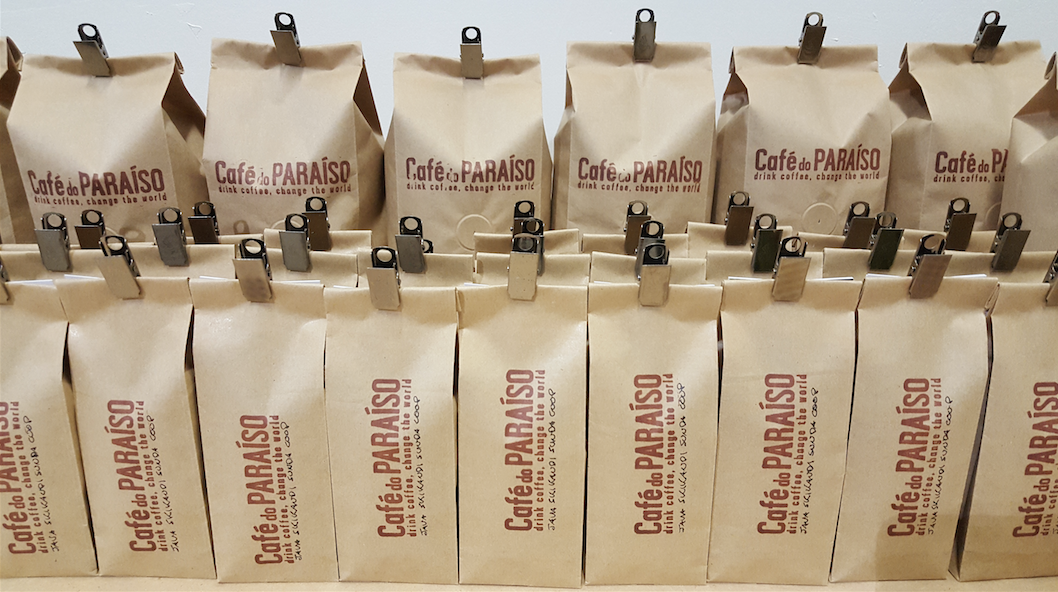 Cafe do Paraiso coffee bags packed and ready to ship